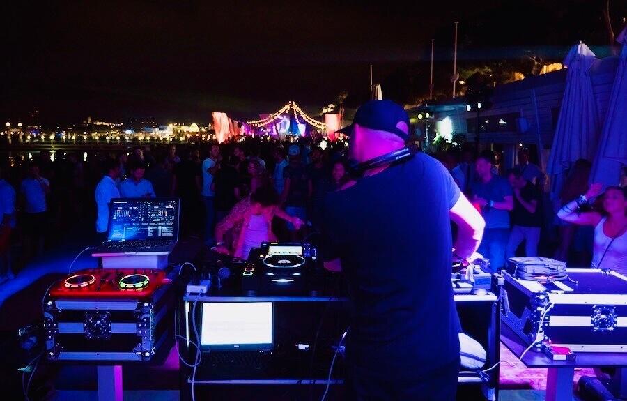 DJ_s17