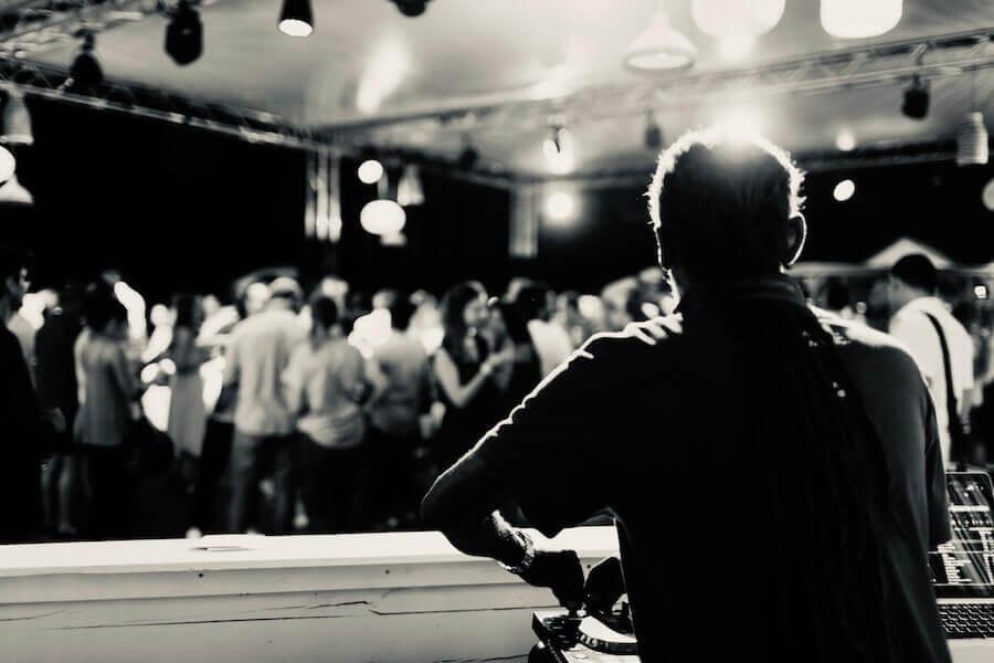 DJ_s3