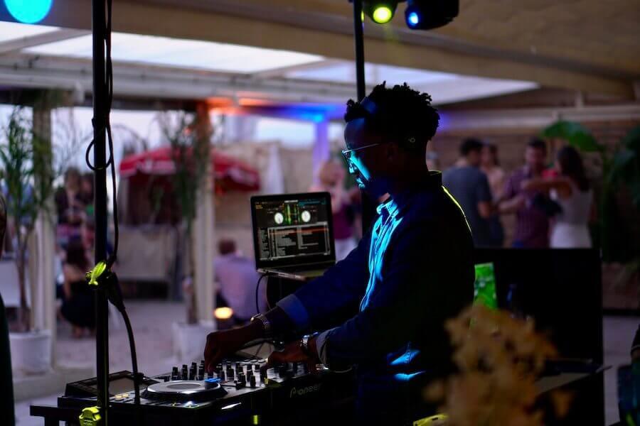 DJ_s6